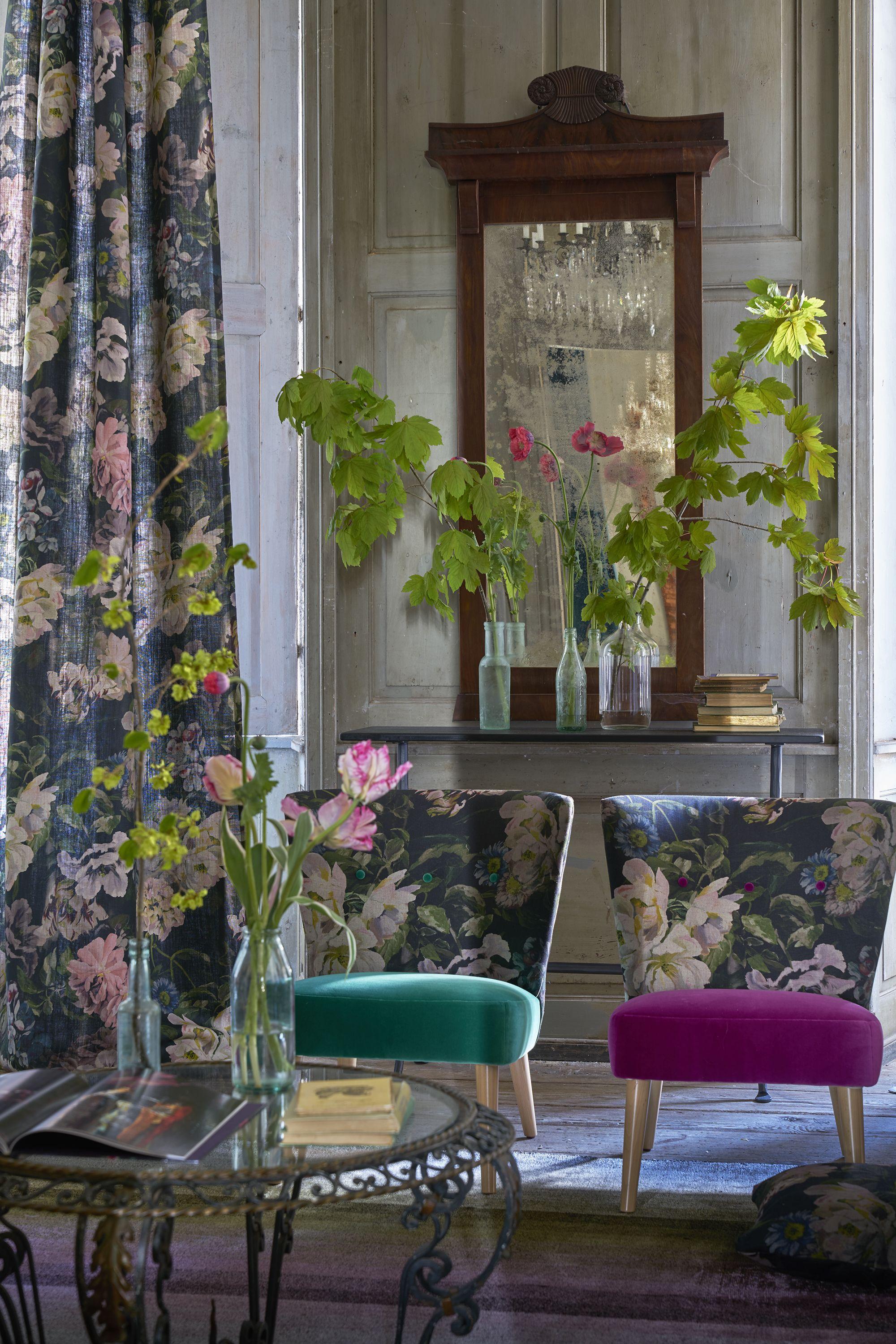 Designers Guild Delft Flower Graphite Fabric