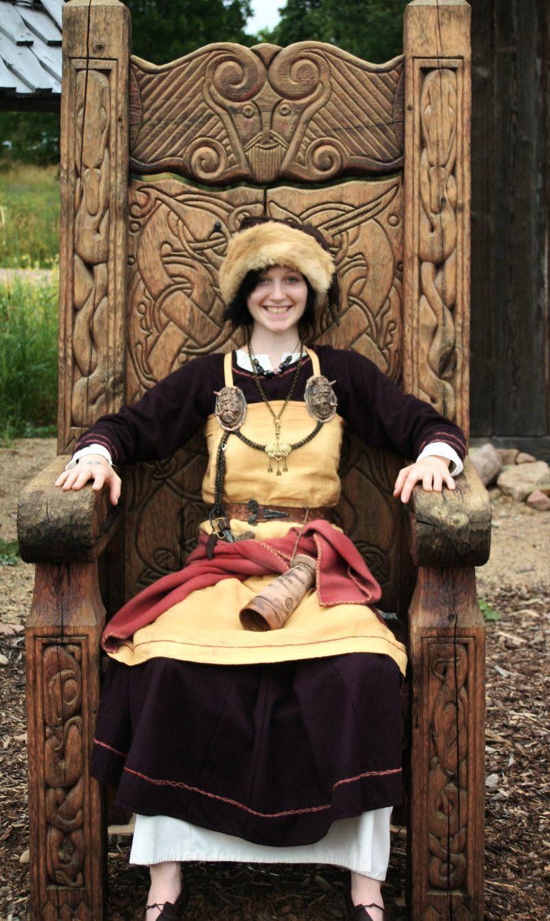 Viking girl by vendelrus for Viking muebles