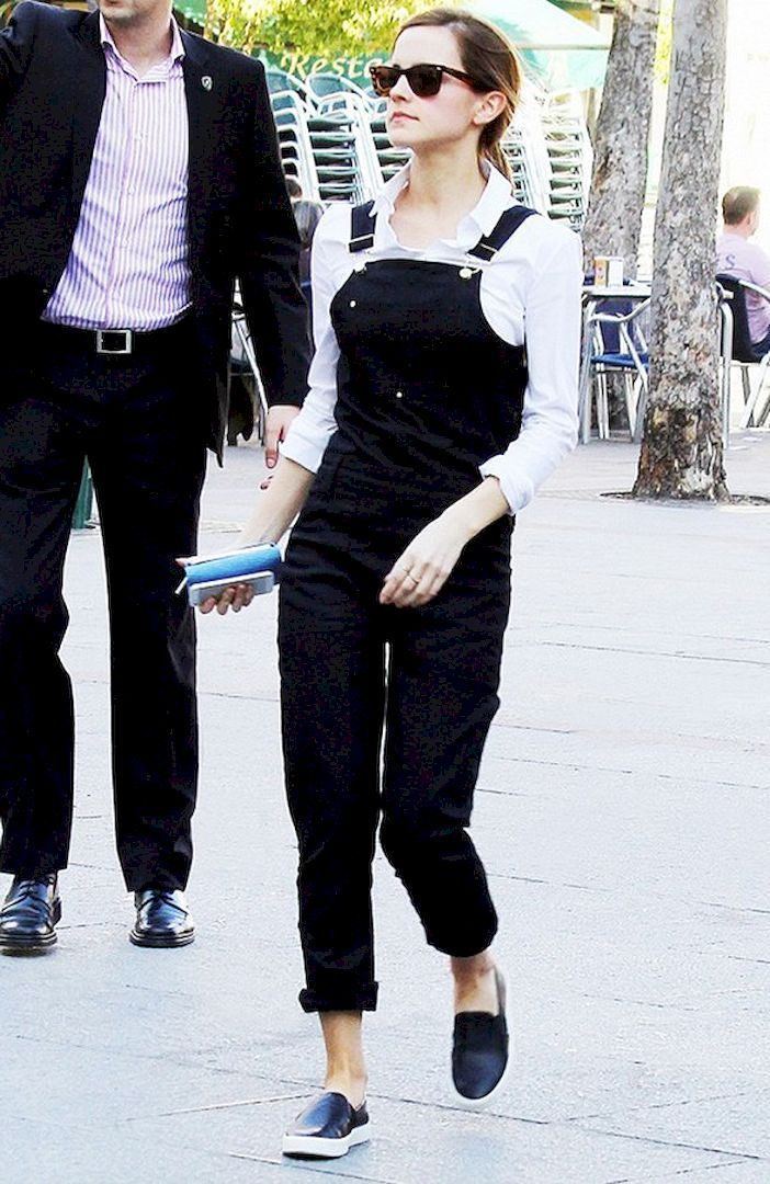 Adorable Emma Watson Street Style 7 Salopete, Ținute și