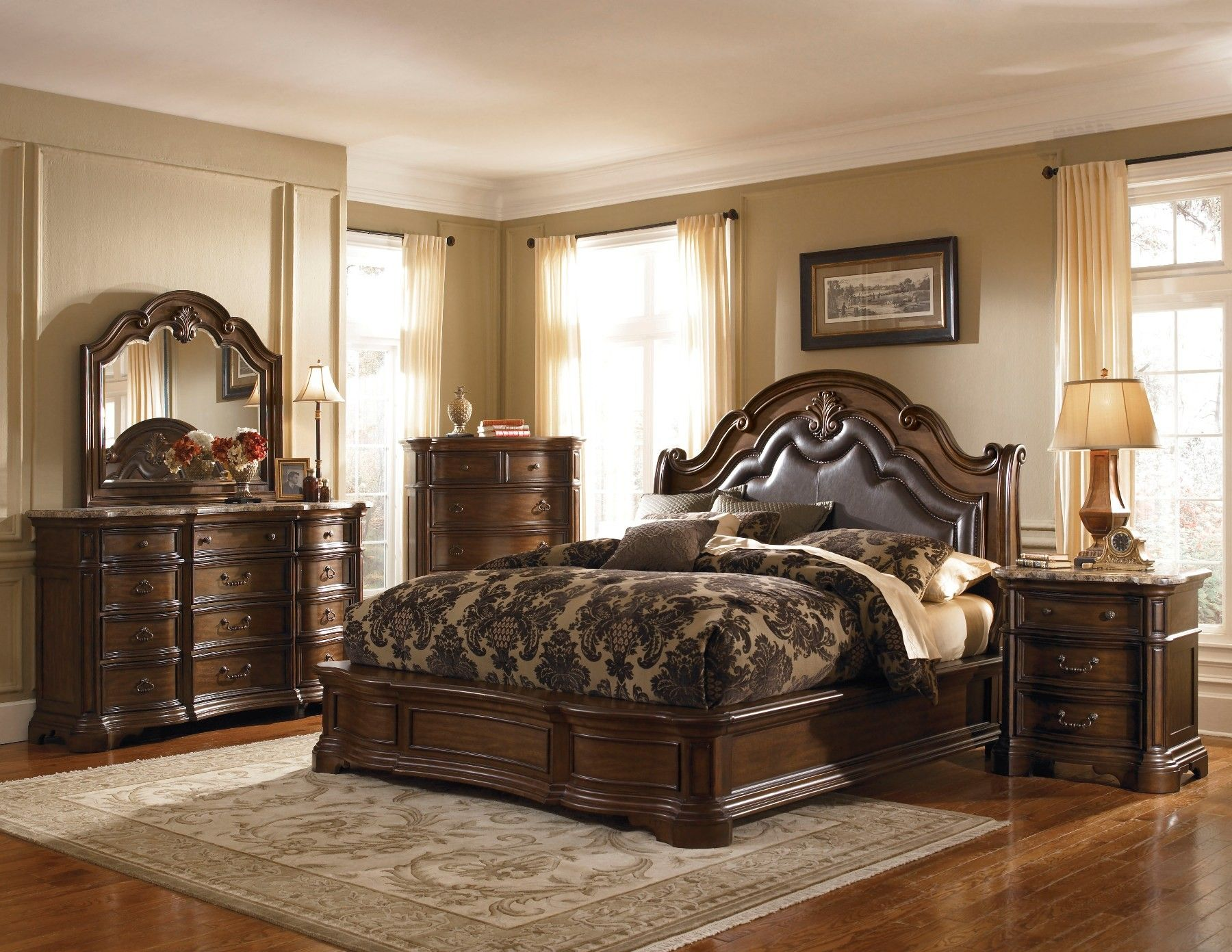 Pulaski Bedroom Furniture Wholesale Closeouts | Courtland Bedroom Set By Pulaski  Furniture   504170
