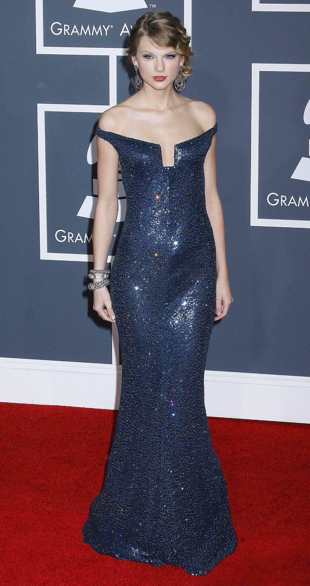 Pin by slgils17 on Taylor Swift   Taylor swift dress ...