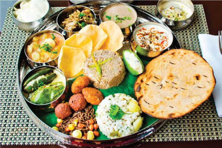 #IncredibleIndia: The largest vegetarian-friendly country in the world. 20 to 40 % of Indians are vegetarians because of either religious belief or personal choice.