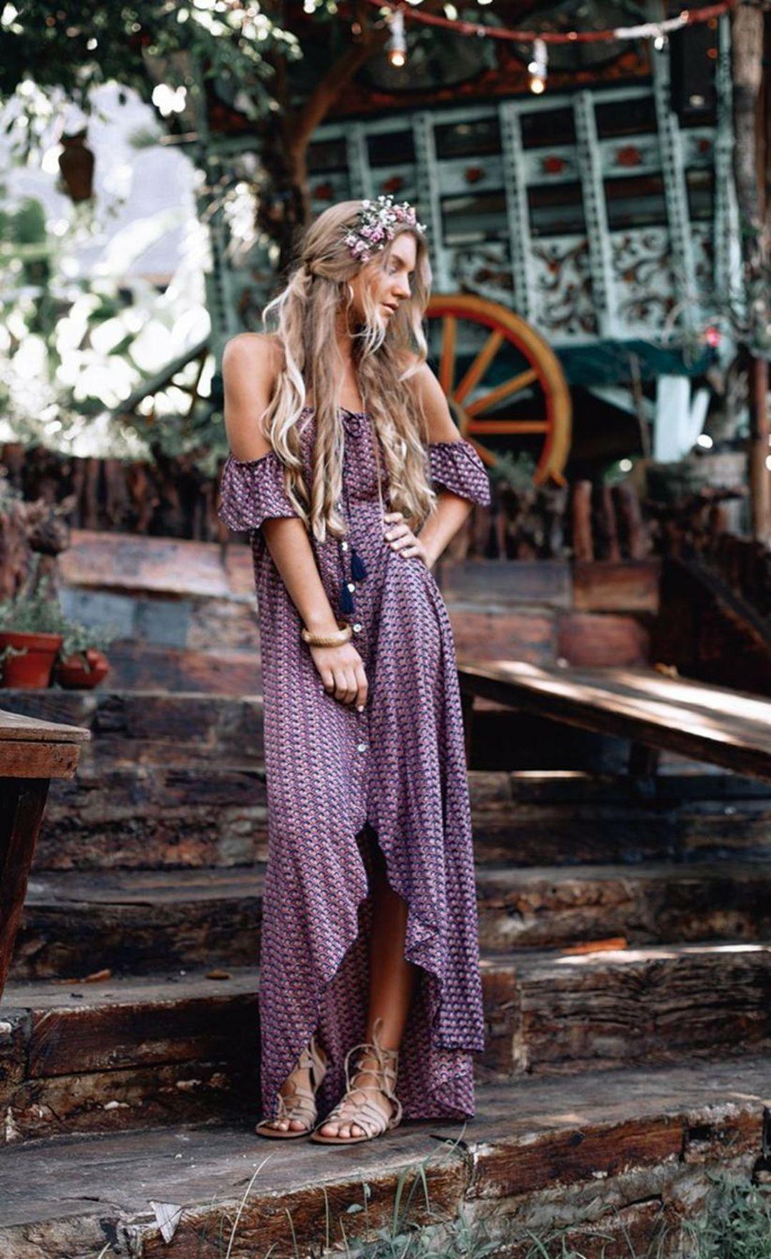 12 Cozy Bohemian Dress Ideas For Women To Look Charming Enjoying A Sweet Summer Fashions Nowadays Bohemian Style Clothing Boho Outfits Beautiful Boho Dresses [ 1763 x 1080 Pixel ]