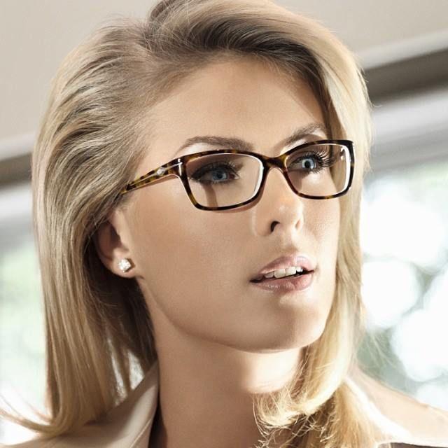 Ana Hickmann Eyewear Kobieta Portret
