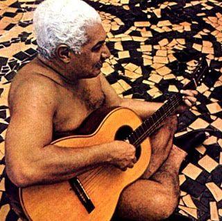 """..."""" nas ondas verdes do mar """"... na voz de cristina mota, a composição de dorival caymmi... >>> betomelodia - música e arte brasileira: É Doce Morrer no Mar, Dorival Caymmi"""