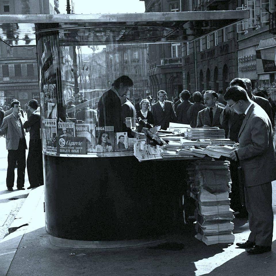 Zagreb 1960 Trg Republike Kiosk