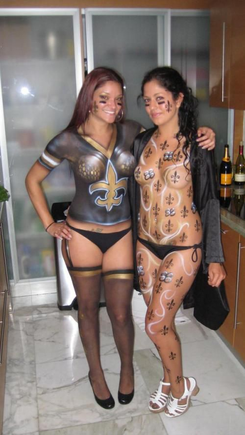 Girls With Painted On Saints Jerseys Body Paint New Orleans