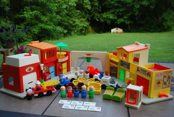 Vintage 1973 Fisher Price Play Family by AGlimpseFromthePast
