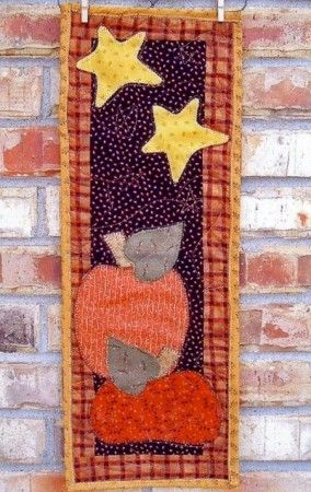 Skinnies Pumpkin Patch Quilted Wall Hanging Pattern Fall Halloween Crafts Fall Quilts Holiday Quilts