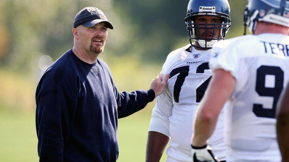 Falcons Tab Hawks D Coordinator Quinn As Coach With 5 Year Deal Defensive Back Quinn Coach