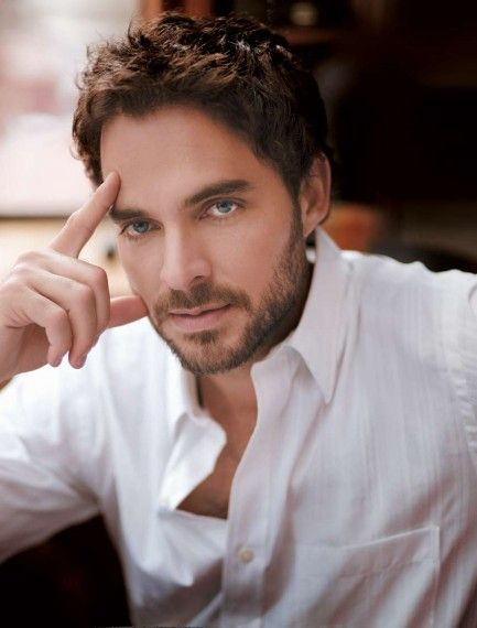manolo cardona actor