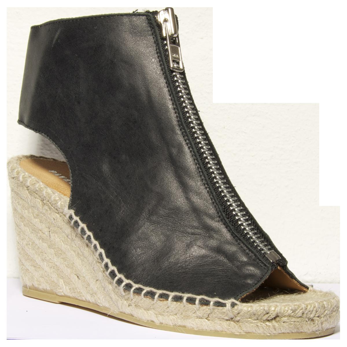 7d65b7b4d1d1 Sorte skindsandaler med høj espadrilles hæl. Sandalen lukkes med en sølv  lynlås over vristen