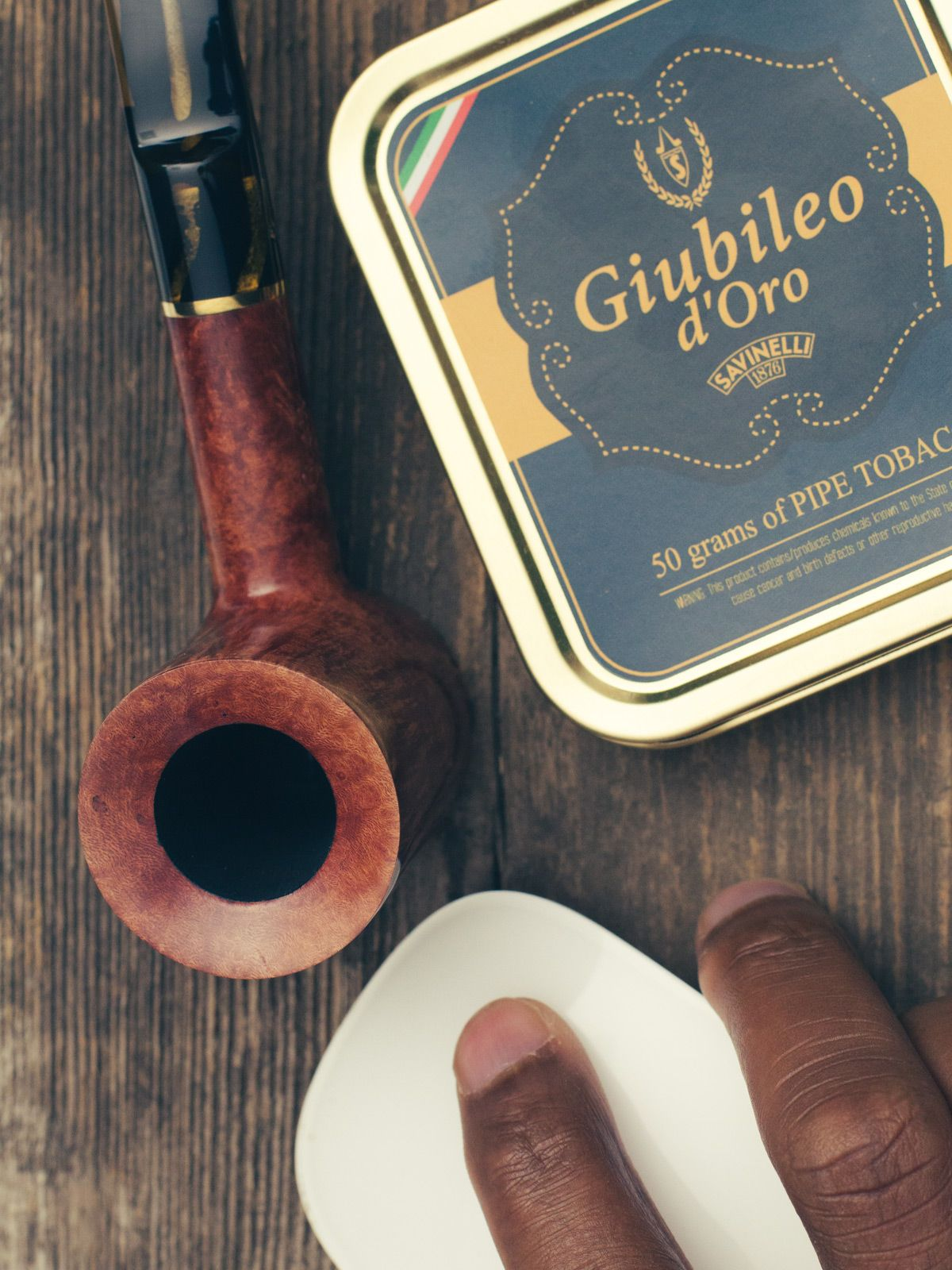 Cant decide between that new pipe and more tobacco? Weve got your back. For every new Savinelli well throw in a Savinelli tin of your choice. http://smokingpip.es/2dsxAgq