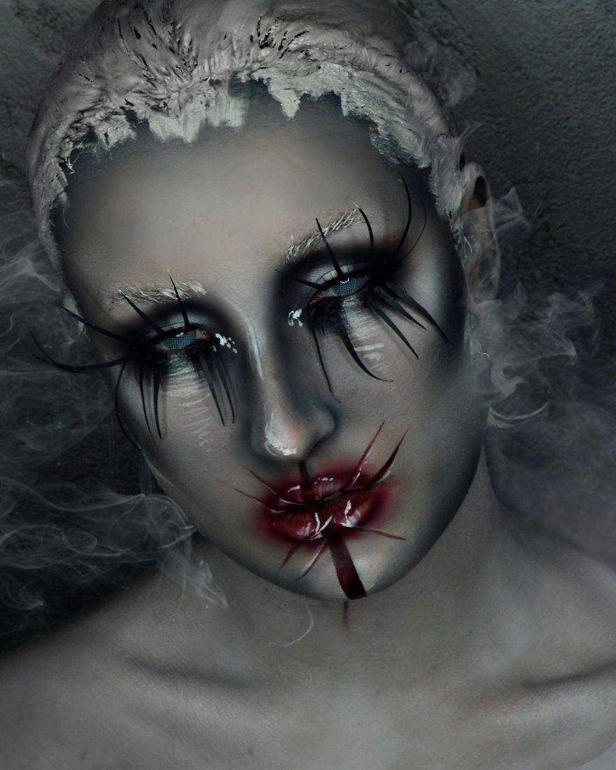 Makeup Artist with Amazing Skill Makeup Art Zombie