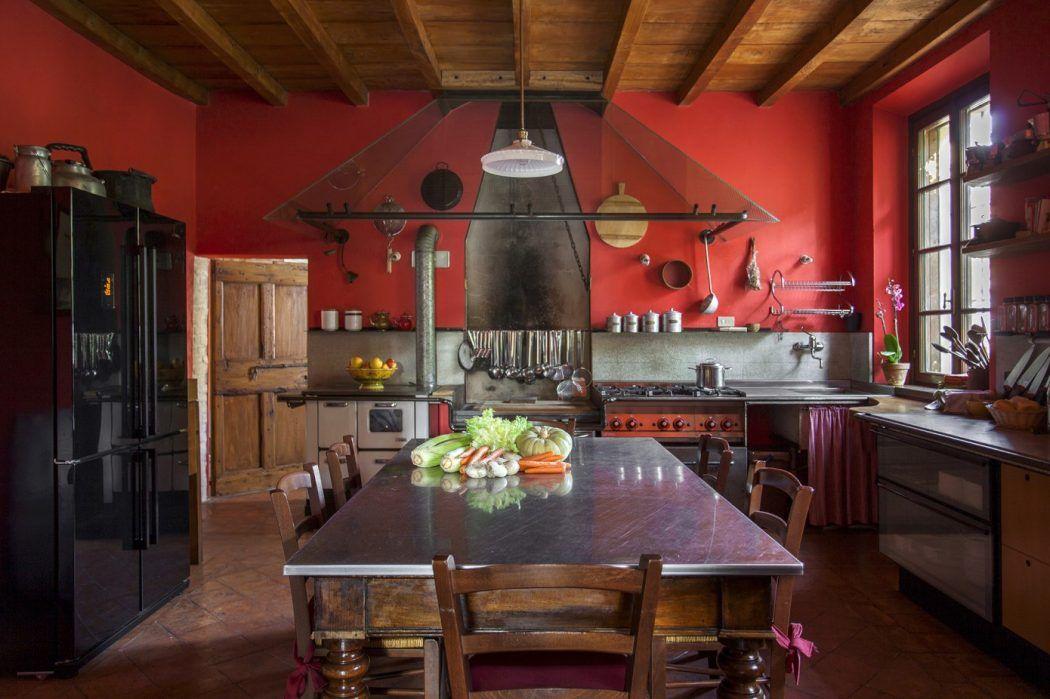 Home in Sarginesco by Giulia Prandi | HomeAdore
