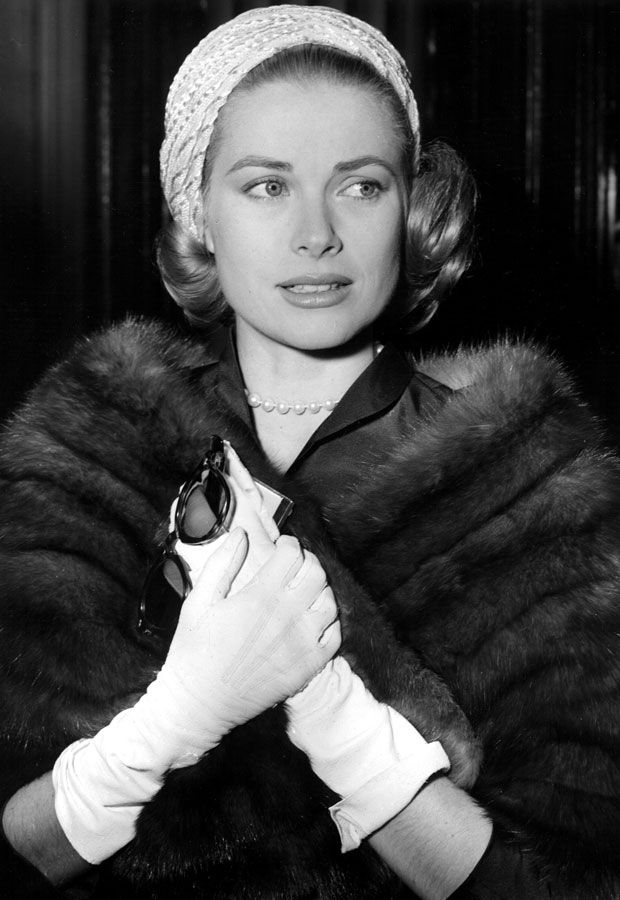 d2458274b289 grace kelly - grace kelly pictures - princess grace of monaco - style icon  - fashion icon - 50s - fifties - 1950s icon