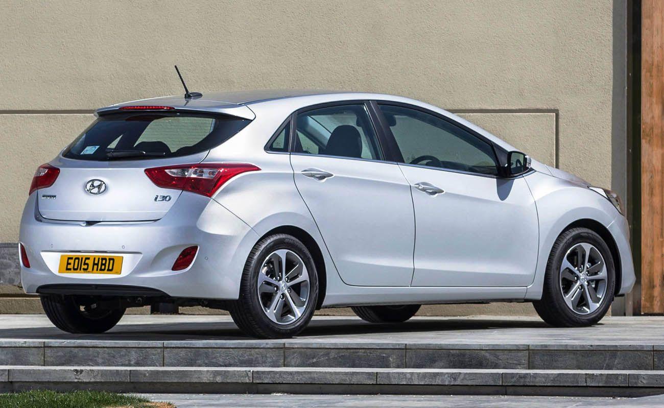 هيونداي إلنترا أي 30 هاتشباك الهاتشباك العصرية موقع ويلز Car Bmw Hyundai
