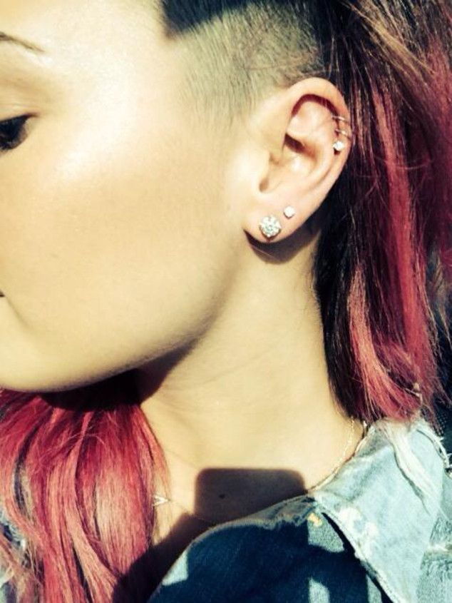 Demi Lovato Celebrates Sobriety Anniversary With 4 New Piercings Check Them Out