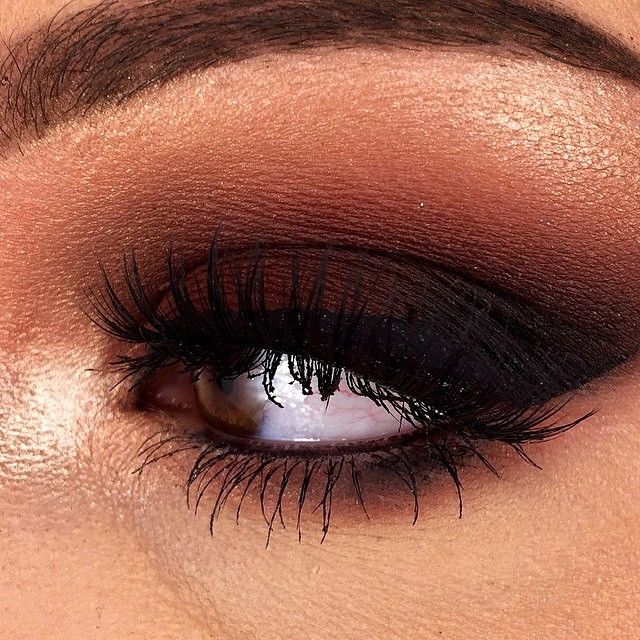 """@meliallenmua created this pretty smokey eye using both stacks!!! UNSEEN in the crease  BLURR as a transition shade  LOVE SICK and ENIGMA lower ENIGMA on…"""