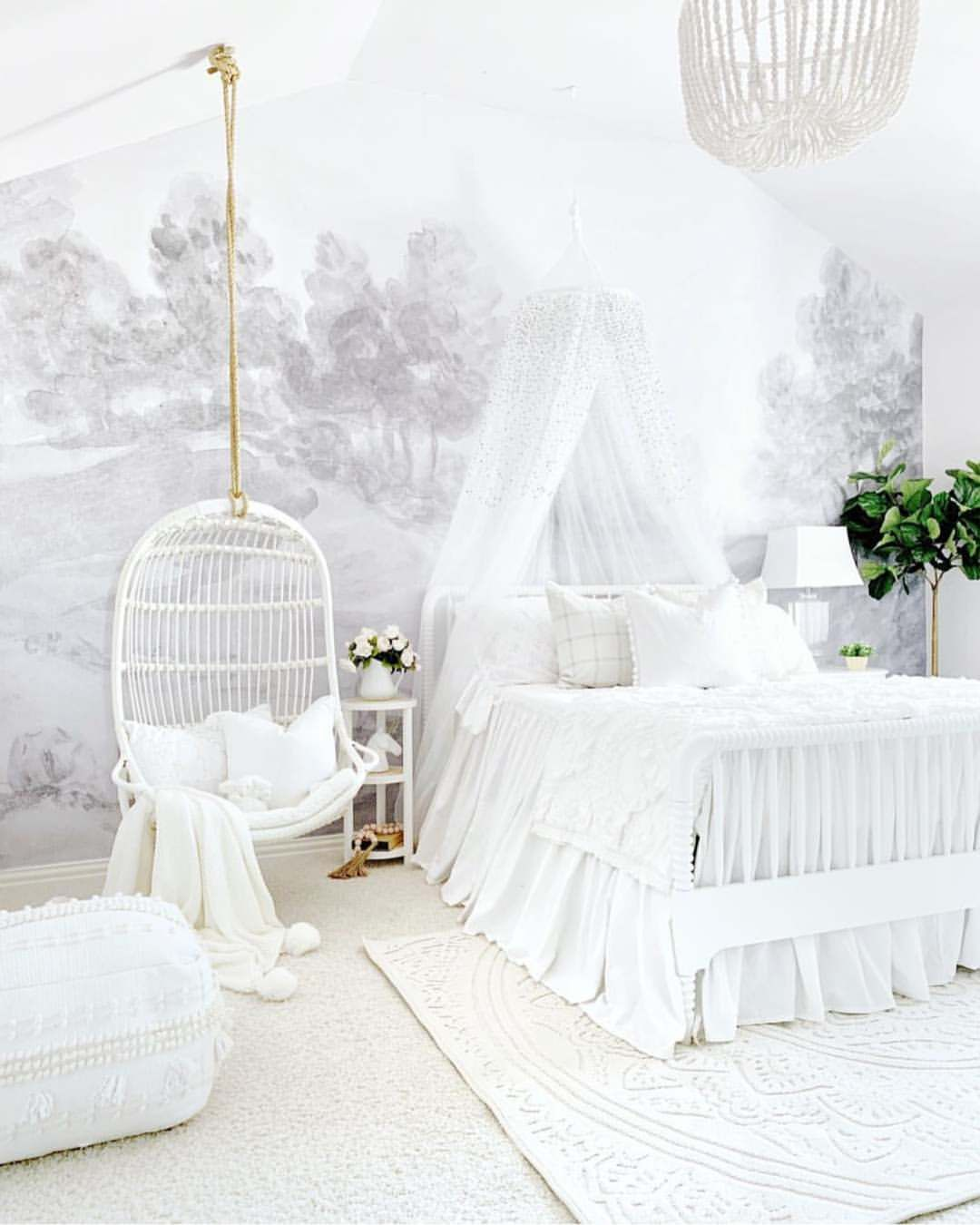One Word Obsessed We Love How Nellyfriedel Styled Her Daughter S Room Around Our Blush Floral Mural Home Decor Kids Interior Design Home Decor Trends