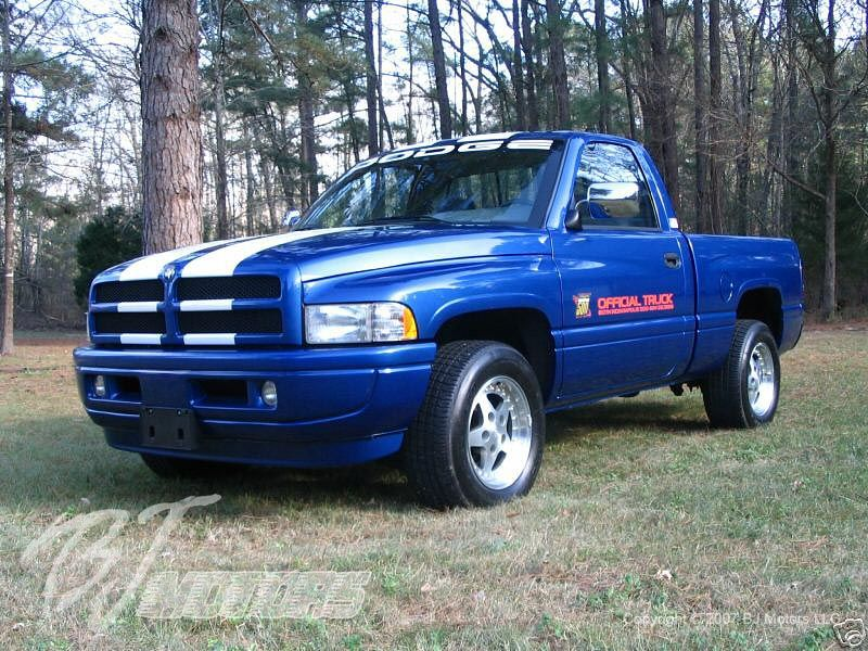 Used Dodge Ram 1500 Quad Cab Pickup Kelley Blue Book Dodge Ram Dodge Trucks Ram Dodge Ram 1500