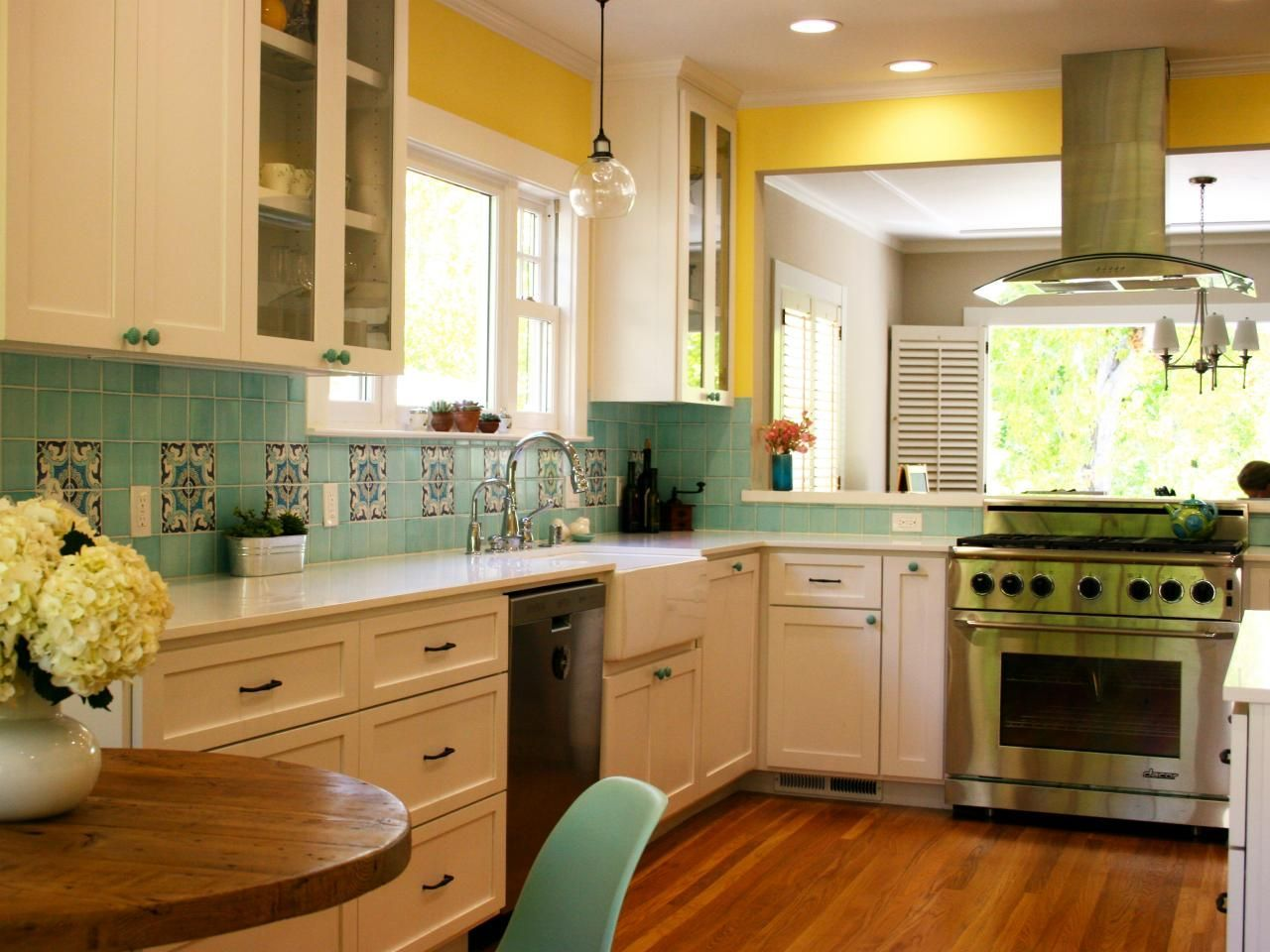 Complete Food And Nutrition Guide Introduction Yellow Kitchen Decor Yellow Kitchen Walls Yellow Kitchen
