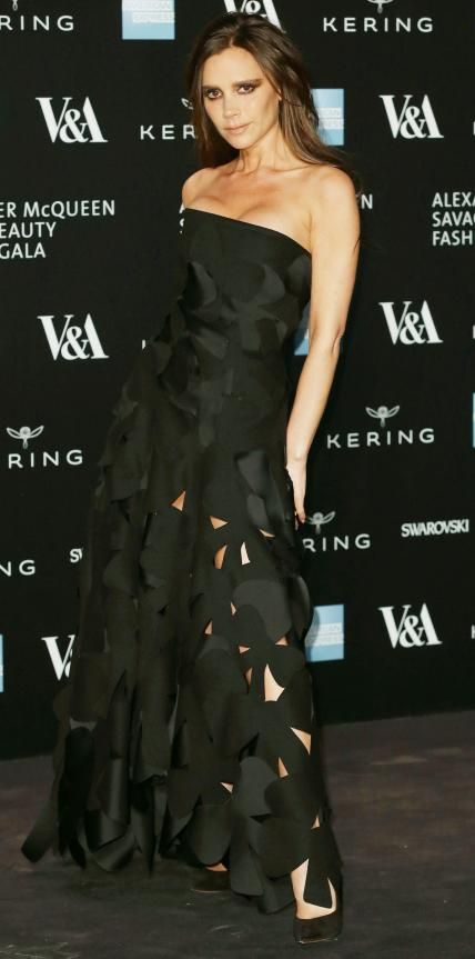 look of the day victoria beckham beckham and march