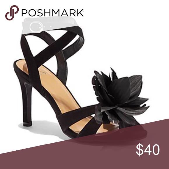11dadac6f39 NWT NY&Co Heels 8 Brand new New York & Company black heels with 3D ...