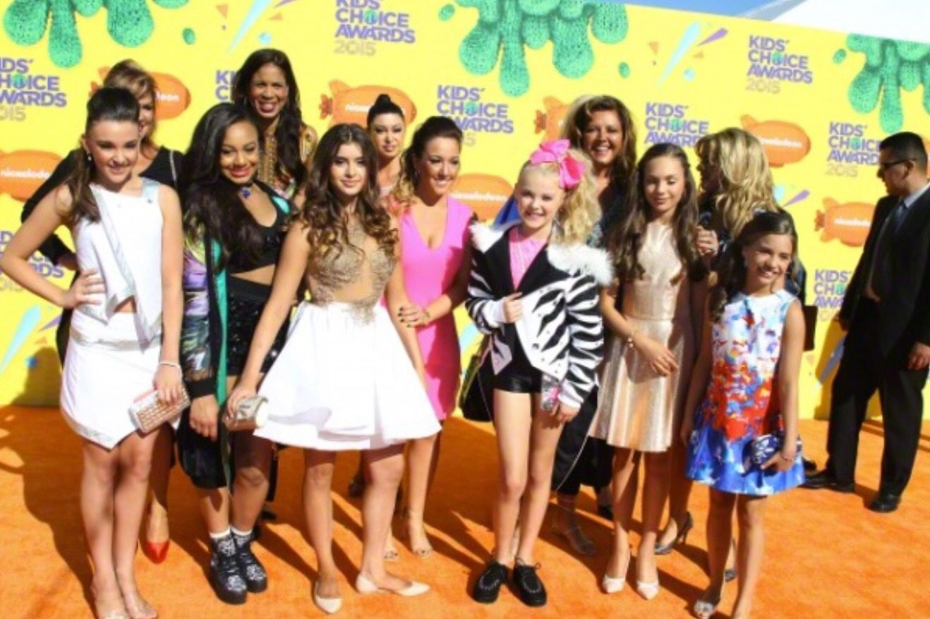Mackenzie Ziegler made a Public Appearance at the Nickelodeon Kids Choice Awards [2015]