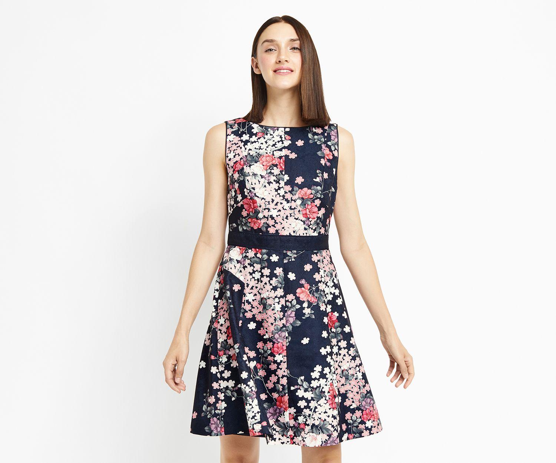 Oasis, BLOSSOM JACQUARD SKATER DRESS Multi Dresses, Fit