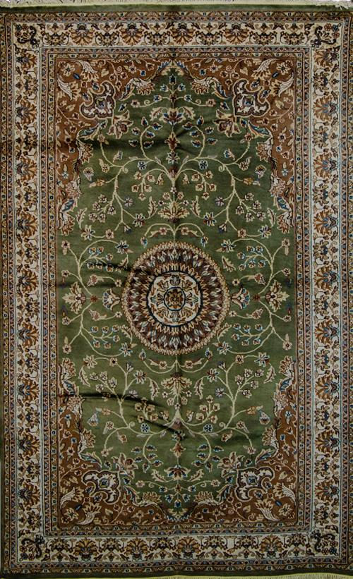 Vintage Oriental Rug Pakistan Silk And Wool Oriental Rug Green Beige 5 X 8 In 2020 Oriental Wool Rugs Vintage Oriental Rugs Oriental Rug