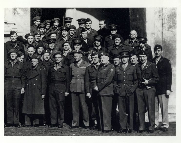 [Michael DeBakey with U.S. Army surgical consultants in