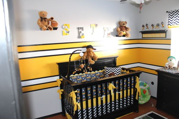 Steeler Football Room, Steelers Football Theme Room. Included Bears To Make  It More Child