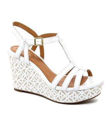Is this along the lines of the wedge you want Hill? Would you prefer white or beige wedges? I've found a few other styles in beige