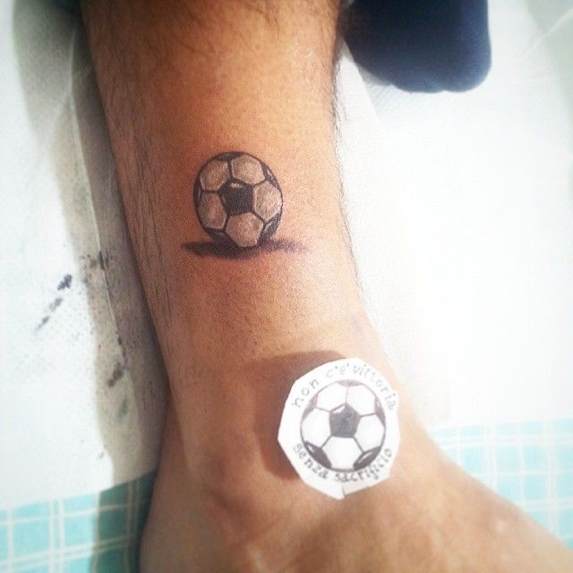 Ofatalee Tattoo Ink Inked Tinytattoo Tattolife Tattooidea Graphic Gorgeous Fashion Lifestyle Balloo Tattoos For Guys Soccer Tattoos Football Tattoo