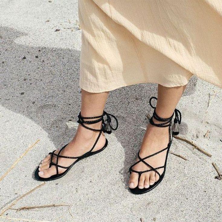 Minimalist Strappy Sandals - RESORT 19
