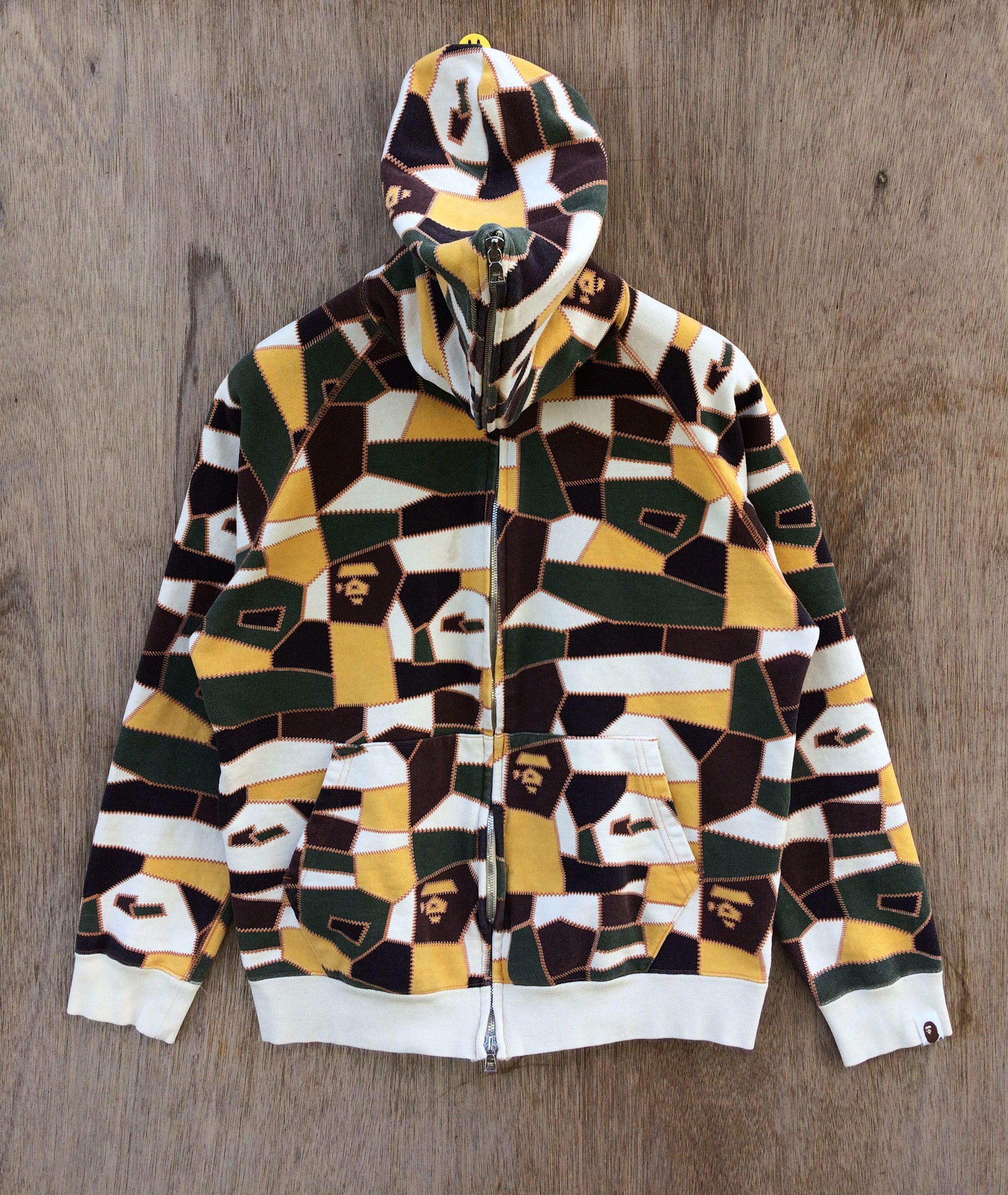 d09eb37d A bathing ape/Digital camo patch Click picture to see detail or to view  item. #etsy #clothing #hoodie #bathingapesweater #bathingapeshirt  #abathingape #bape ...