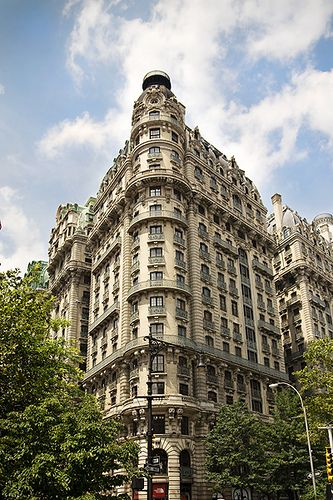 ღღ NYC - cw note: The Ansonia, 73rd and Broadway, Caruso, Ziegfeld and others lived there, So did I in the 70's.