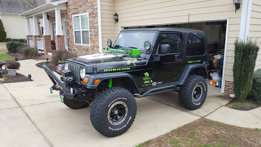 lime green jeep - 1024×576