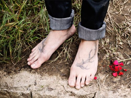 Feet antlers tattoo. I really like this for some reason.
