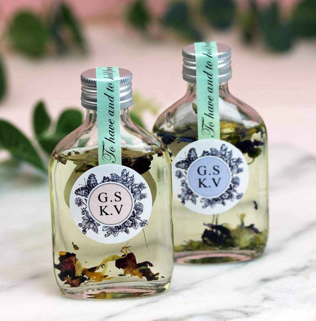 Personalised Botanical Bath Oil Wedding Favours in 2019