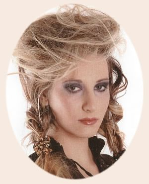 Pirate Hairstyles And Make Up New Ideas For Future Pirate Looks Pirate Hair Hair Styles Hair Pictures