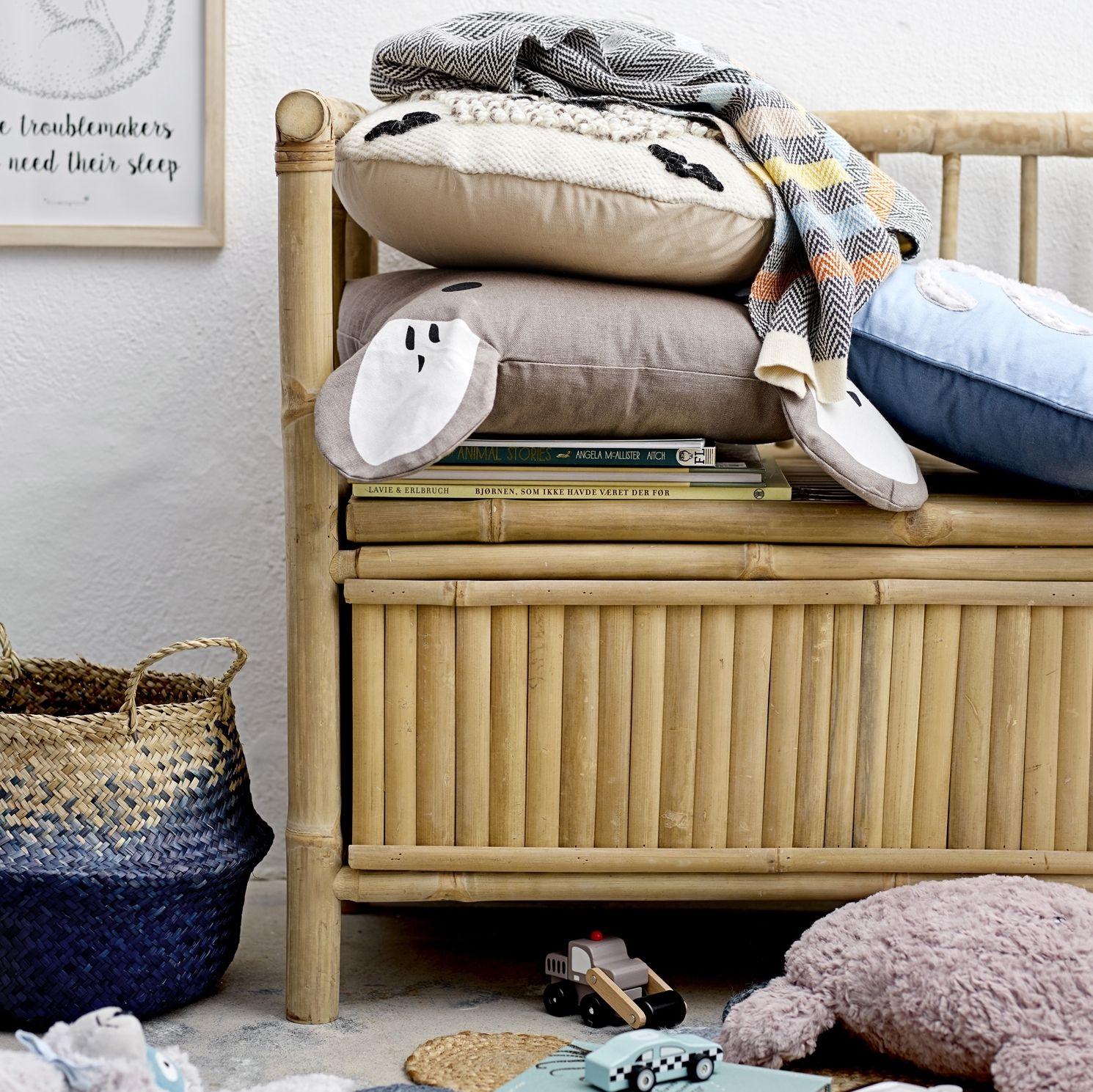 bamboo settle bench  boys room decor small bedroom