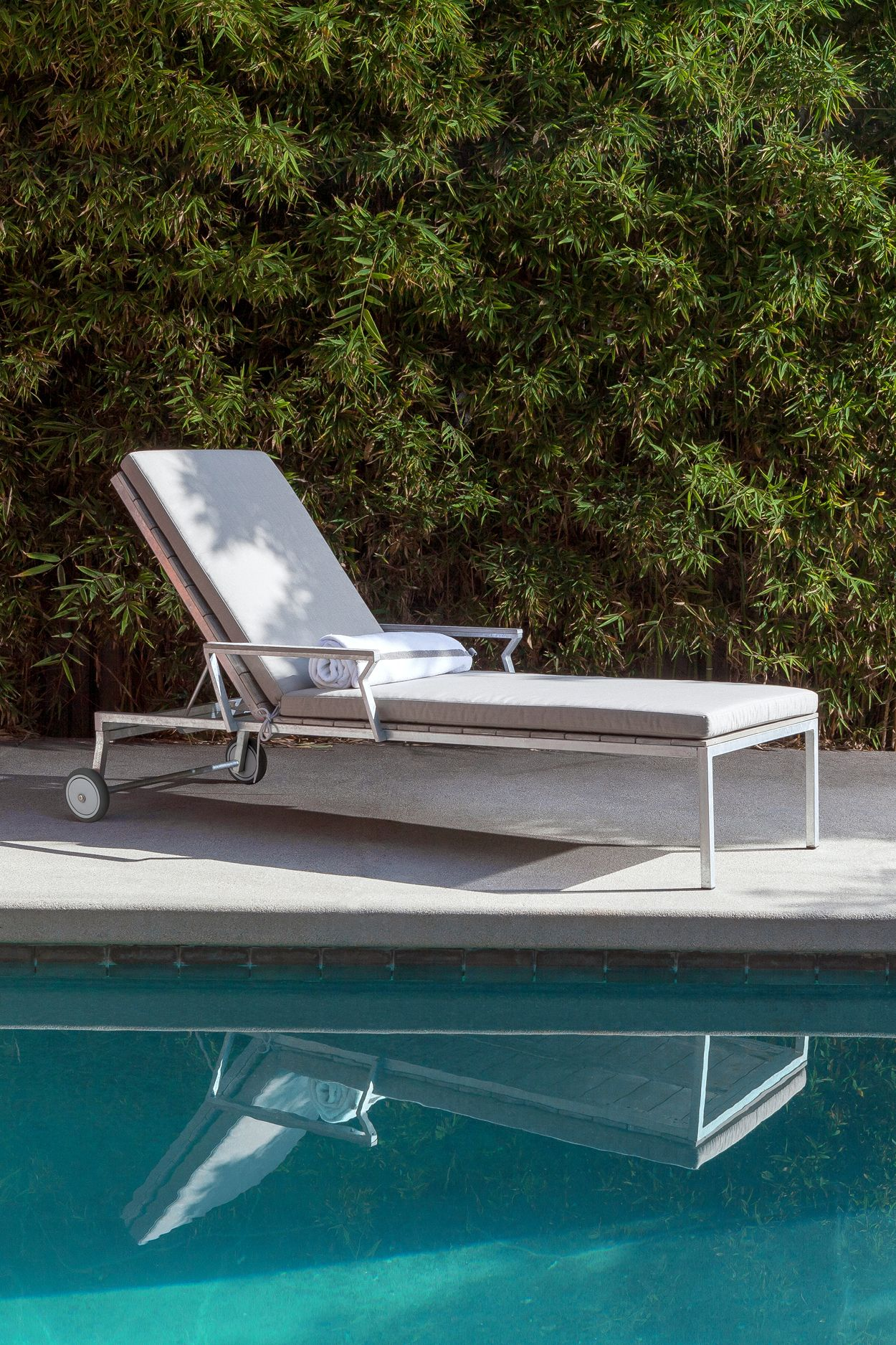 Power Chill This Is The Kind Of Lounger Where You Take Calls And Give Orders Modern Outdoor Lounge Chair Pool Patio Furniture Lounge Chair Outdoor Modern outdoor pool lounge chairs