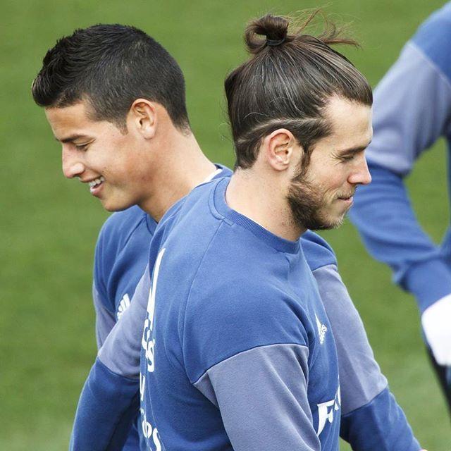 What An Amazing Picture Garethbale Garethbale11 Gb11 Gareth Bale Realmadrid Jamesrodriguez Jame Gareth Bale Hair Gareth Bale Hairstyle Gareth Bale