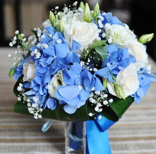 Brautstrauss Blau Weiss Weddings