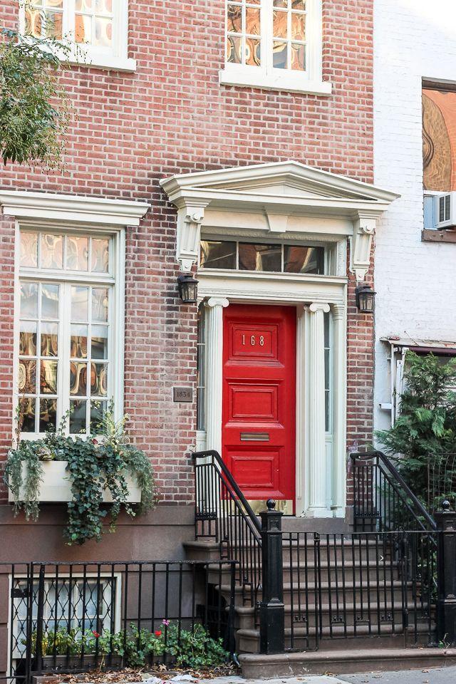 Red door in the West Village | York Avenue blog