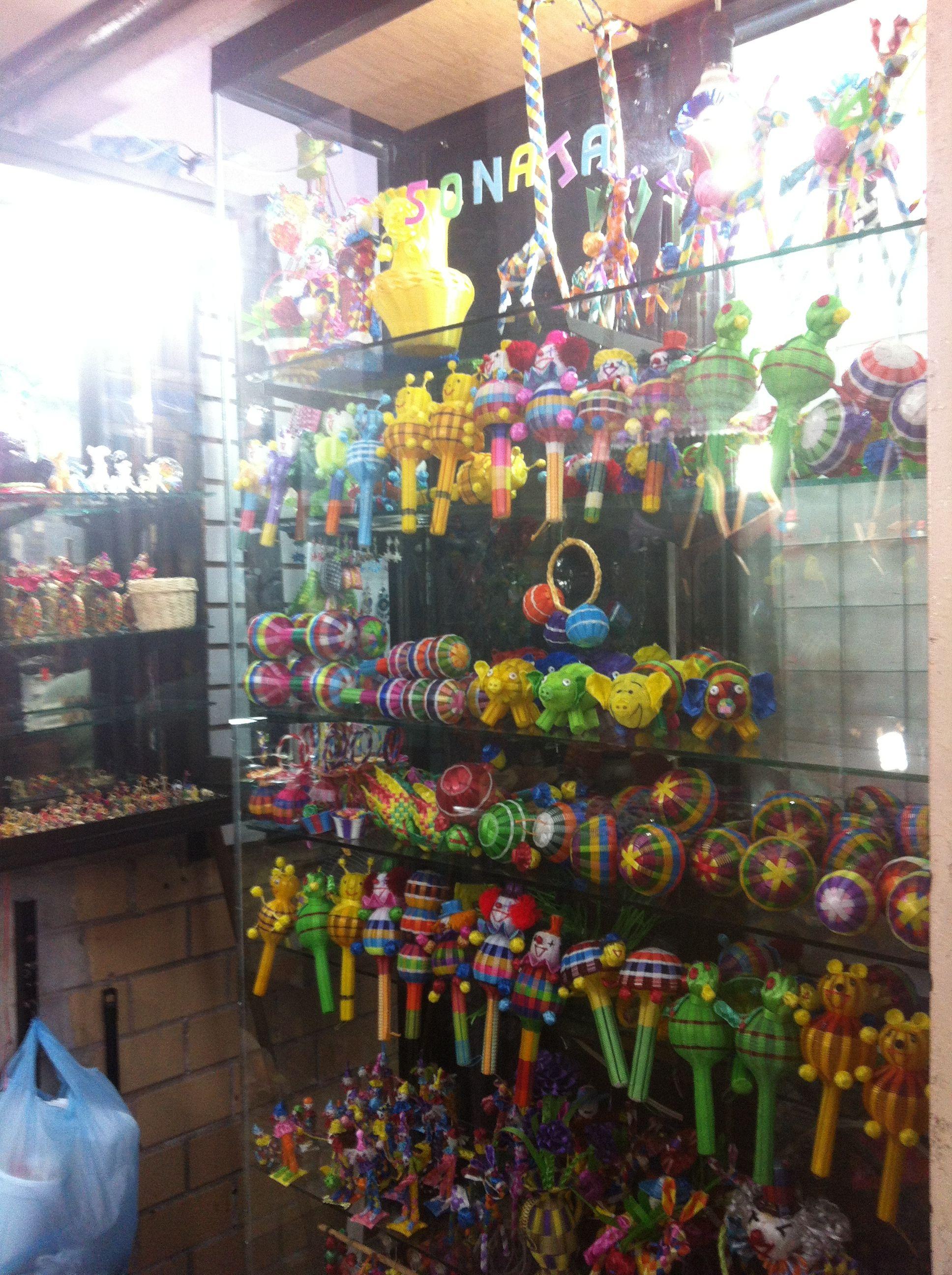 Mercado De Artesanias En El Puerto De Veracruz Artesanias