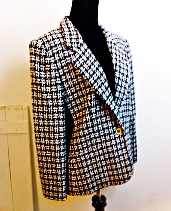 Vintage Evan Picone Houndstooth Blazer Womens 8 by citizenrosebud, $26.00