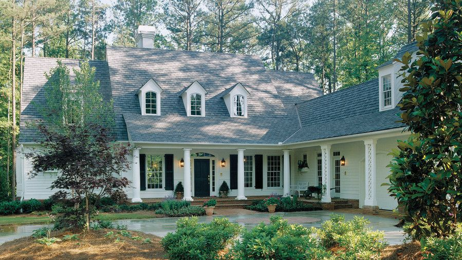 11 Ranch House Plans That Will Never Go Out Of Style House Architecture Styles Southern Living House Plans Southern House Plans